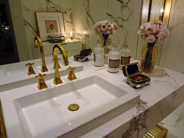 Retro łazienka urządzona w stylu vintage