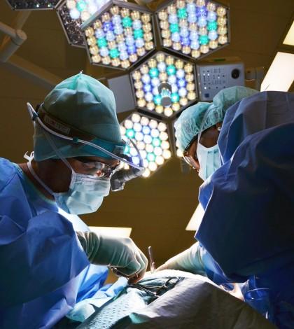 Komplikacje podczas operacji plastycznych