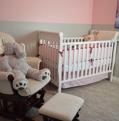 meble dziecięce łóżeczko fotel