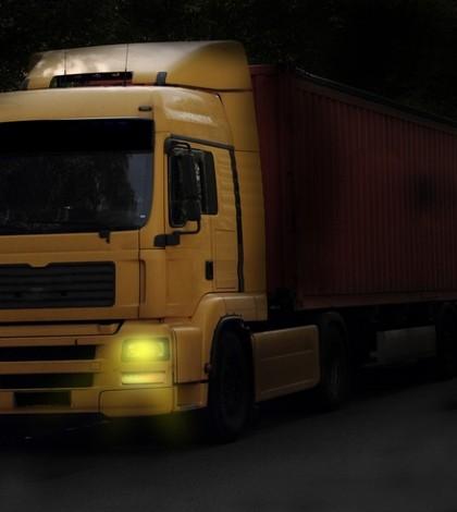 Tir z zaufanej firmy transportowej
