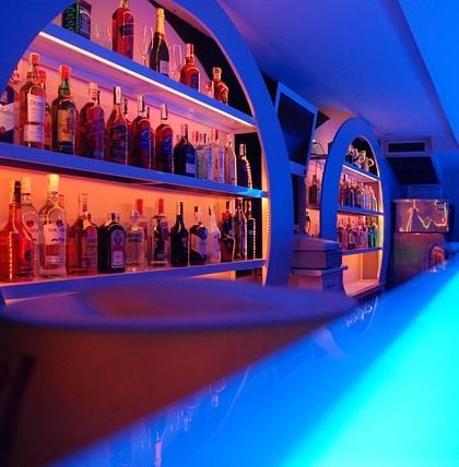 Bar w klubie muzycznym