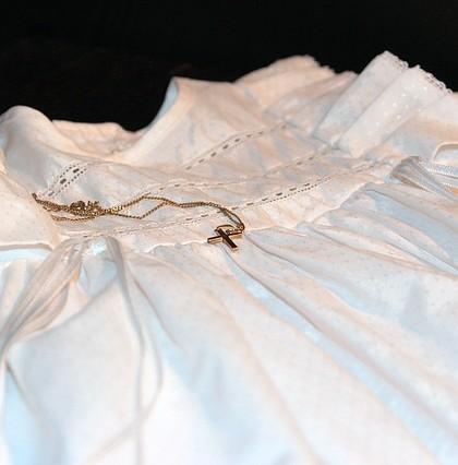 ubranko białe na chrzest