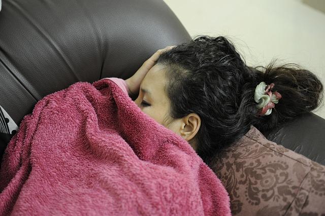 śpiąca kobieta