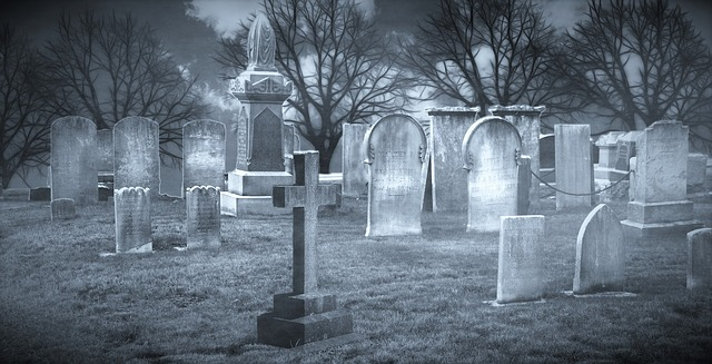 groby na cmentarzu