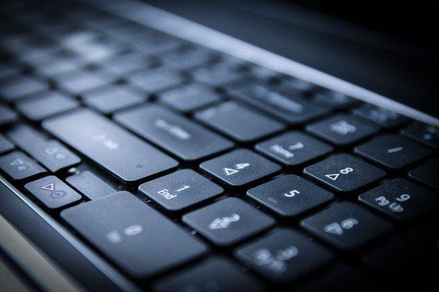 klawiatura komputerowa