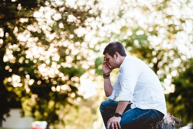Zestresowany mężczyzna